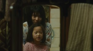 Shoplifters - Film Screenshot 8